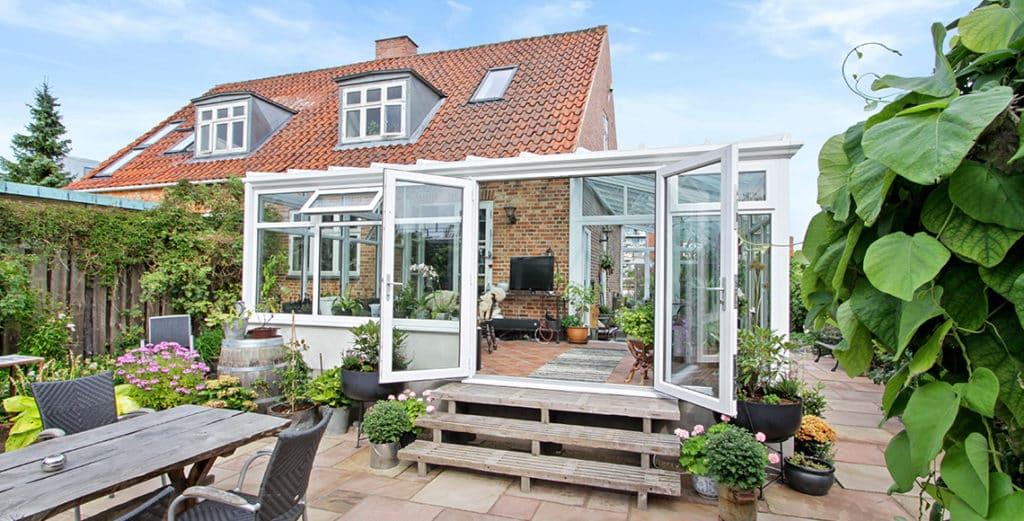 Tudor conservatory style